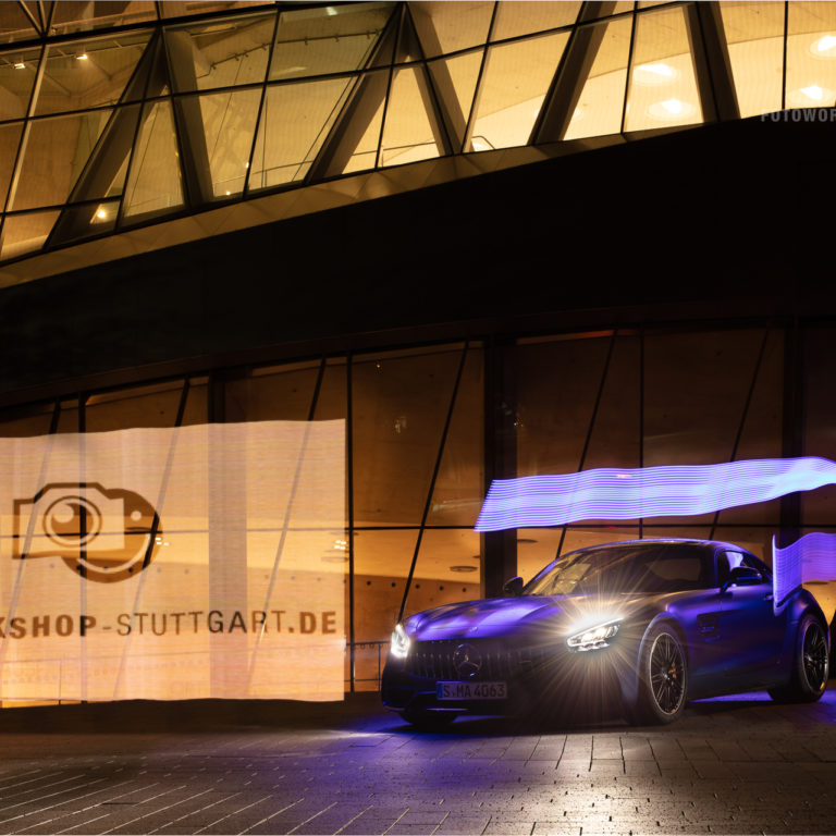 Fotoworkshop-Stuttgart-Nachts-im-Mercedes-Benz-Museum-Lightpainting-1