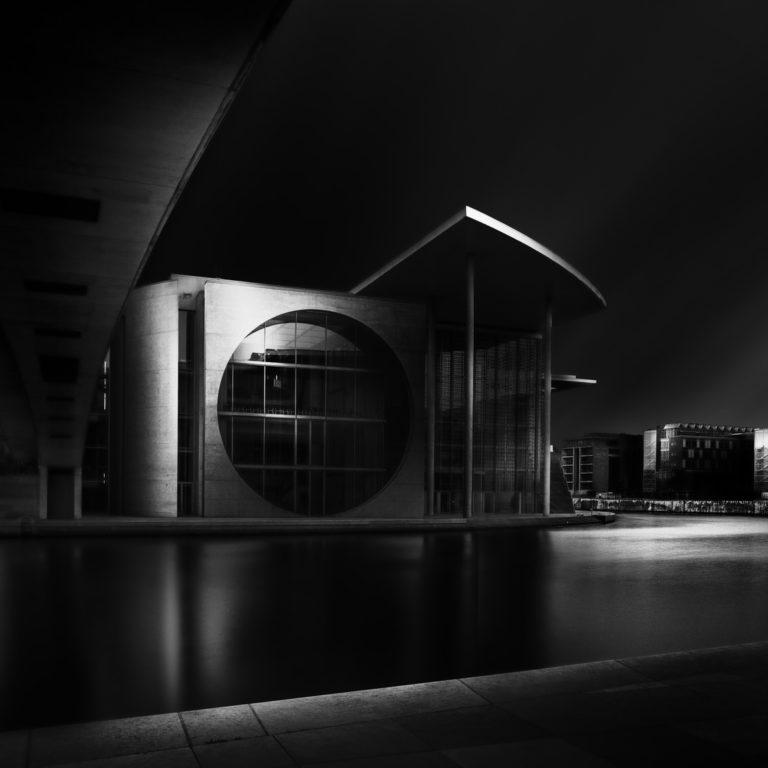 regierungsviertel-berlin-spree-fine-art-tobias-trumpp-immobilienfotografen-berlin
