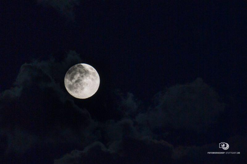 Mond-Moon-Mond-fotografieren-33268-Fotokurs-Fotoworkshop-Fotocoach-Fotocoaching-Stuttgart-Andreas-Martin